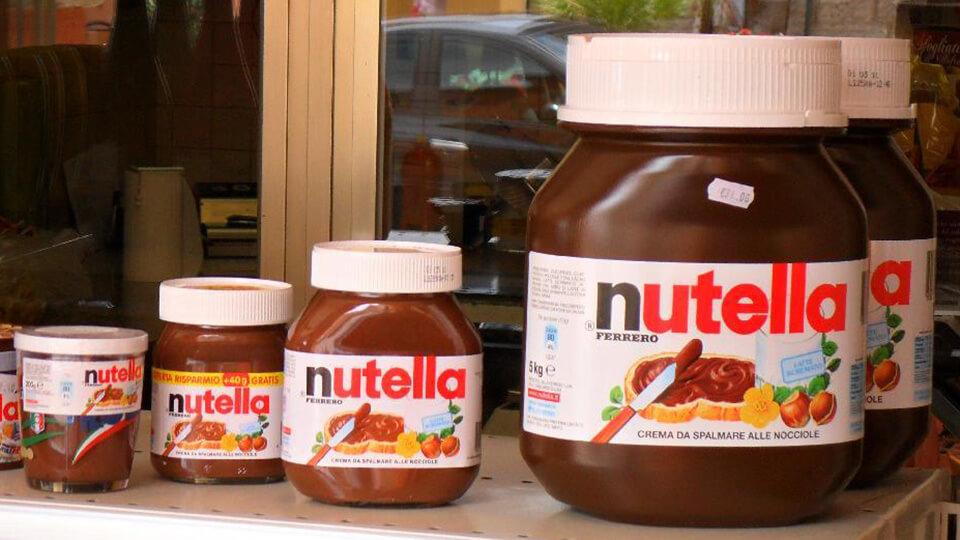 Potes de Nutella.