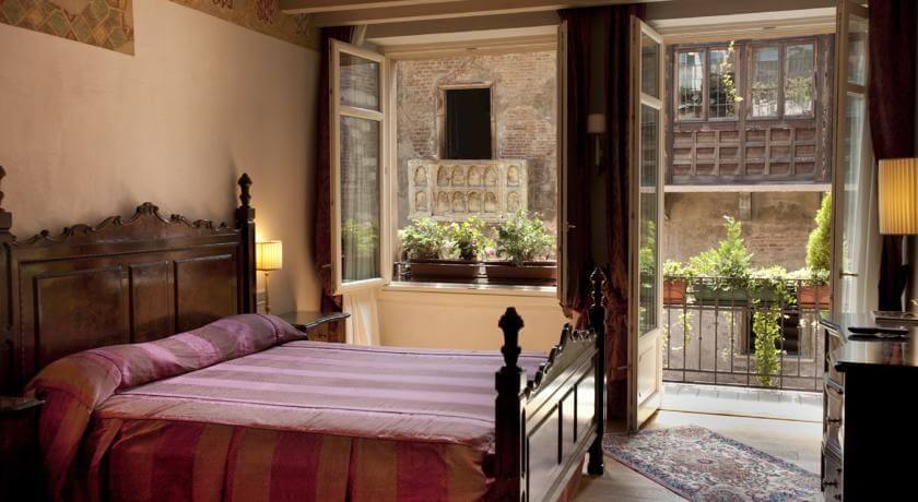 Foto de quarto do hotel Relais de Charme Il Sogno di Giulietta