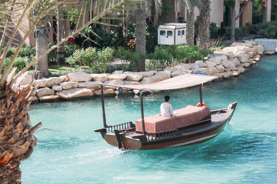 Dubai - Souk Madinat Jumeirah - Gôndola no canal