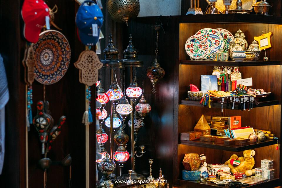 Dubai - Souk Madinat Jumeirah - Objetos locais