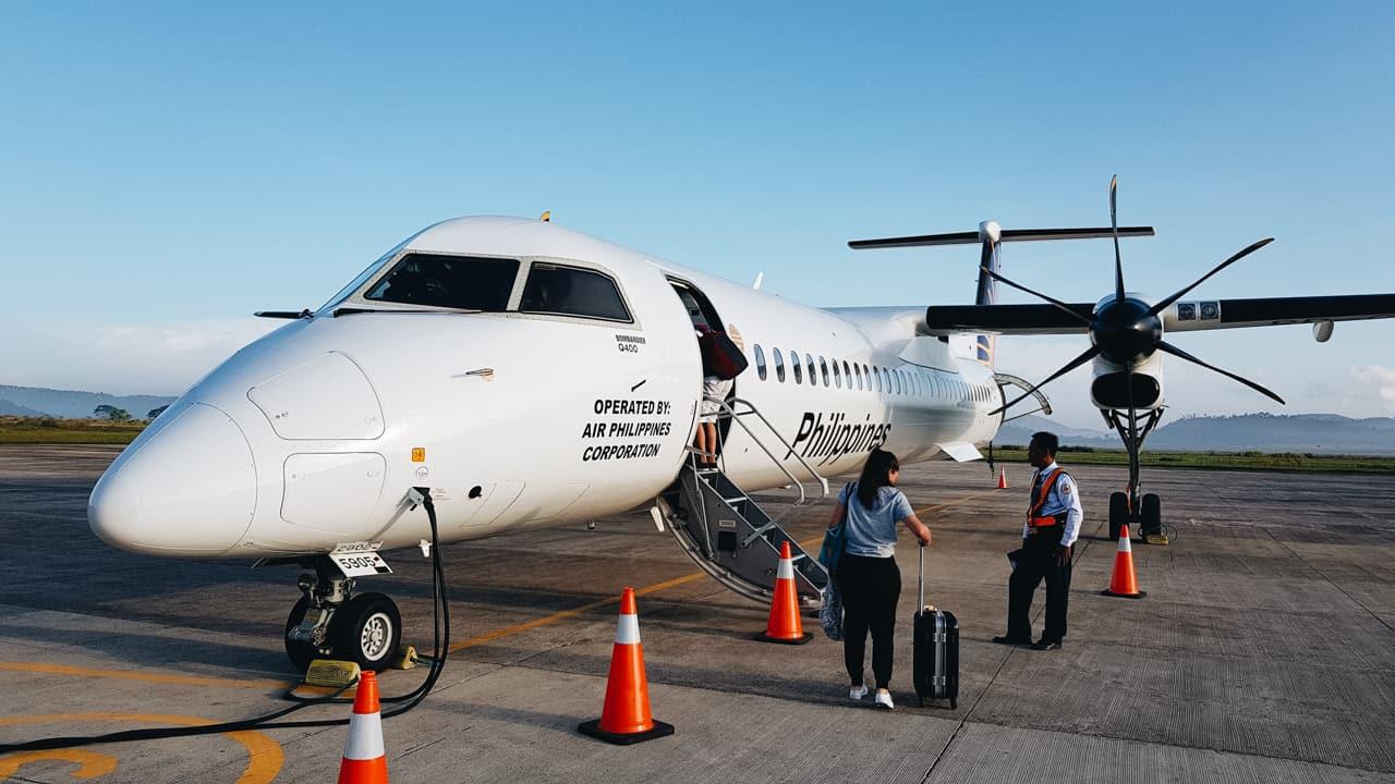 Embarcando em voo da Philippines Airlines de Coron até Cebu.